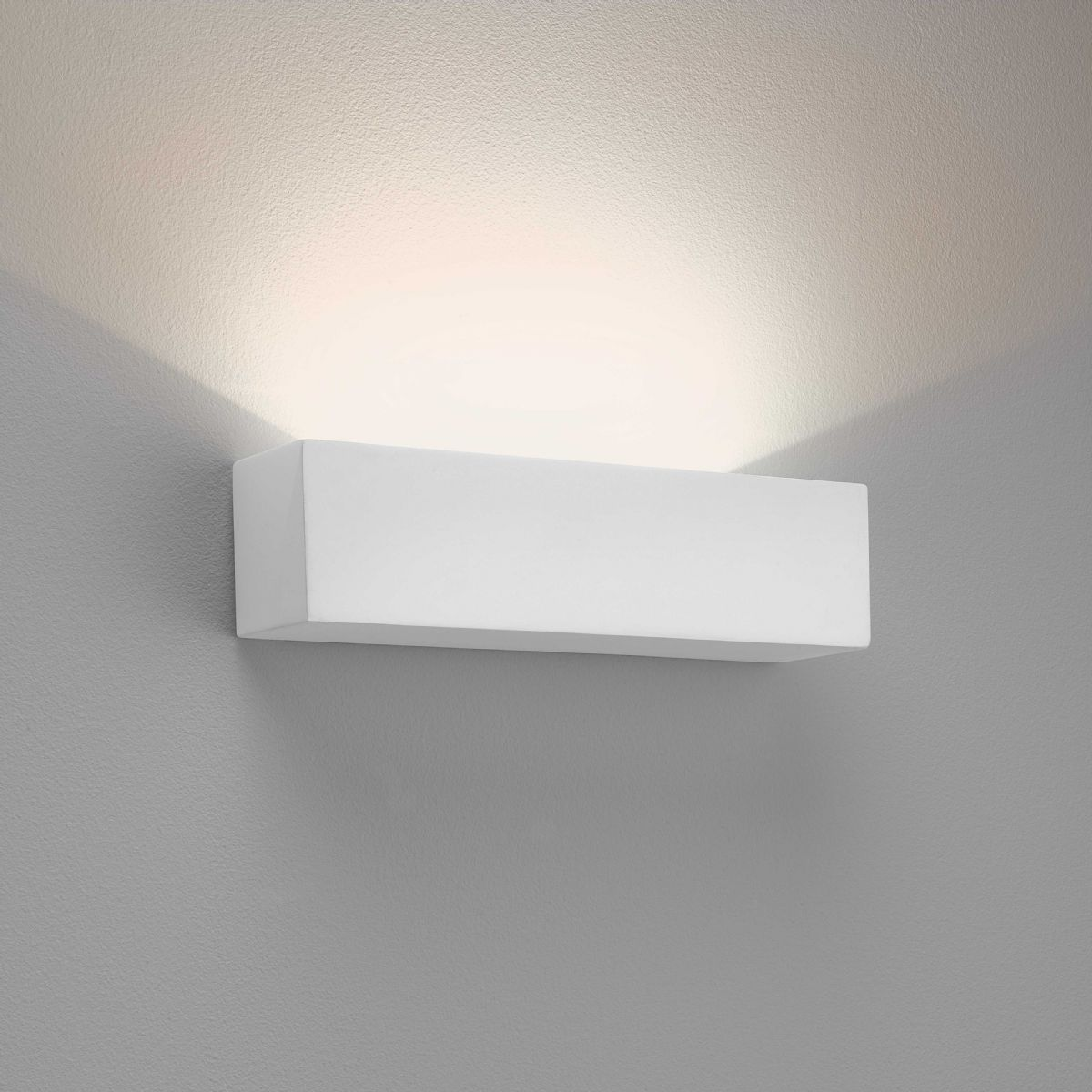 Astro Parma 250 LED wall light 0887 7599